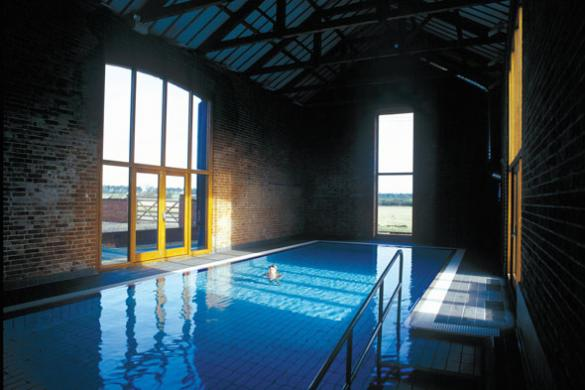 Norfolk holiday cottages with heated indoor swimming pool