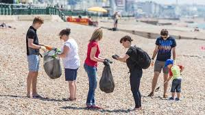 Big Holiday Beach Clean 2016