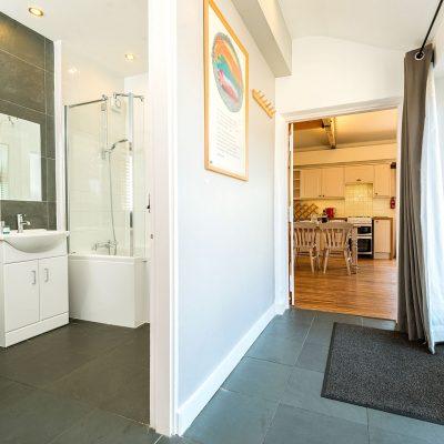 Owl Cottage Bathroom