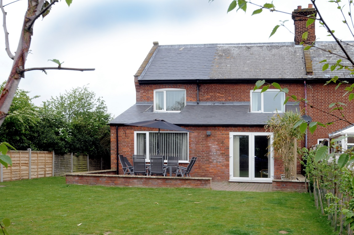 End Cottage Pet Friendly Familyholiday Cottage In Norfolk Sleeps 8