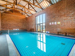Norfolk Holiday Cottages With Heated Swimming Pool