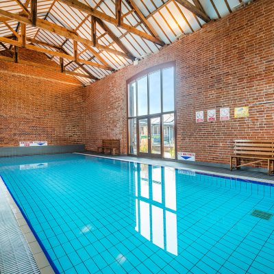Luxury Holiday Cottage Swimming Pool