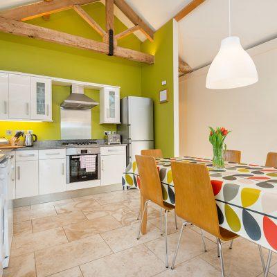 Avocet Luxury Holiday Cottage Kitchen Dining